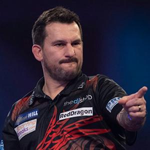 Premier-League-Darts-2021-DartsExperts-Jonny-Clayton