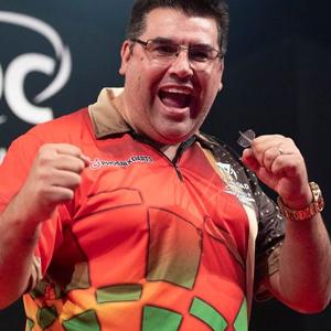 Premier-League-Darts-2021-DartsExperts-Jose-de-Sousa
